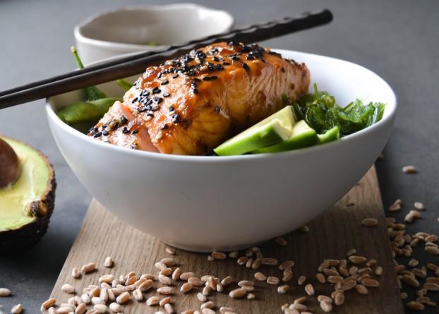 Teriyaki Salmon with Wakame and avocado salad